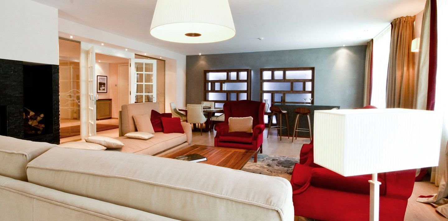 3 bedroom super-size luxury suite