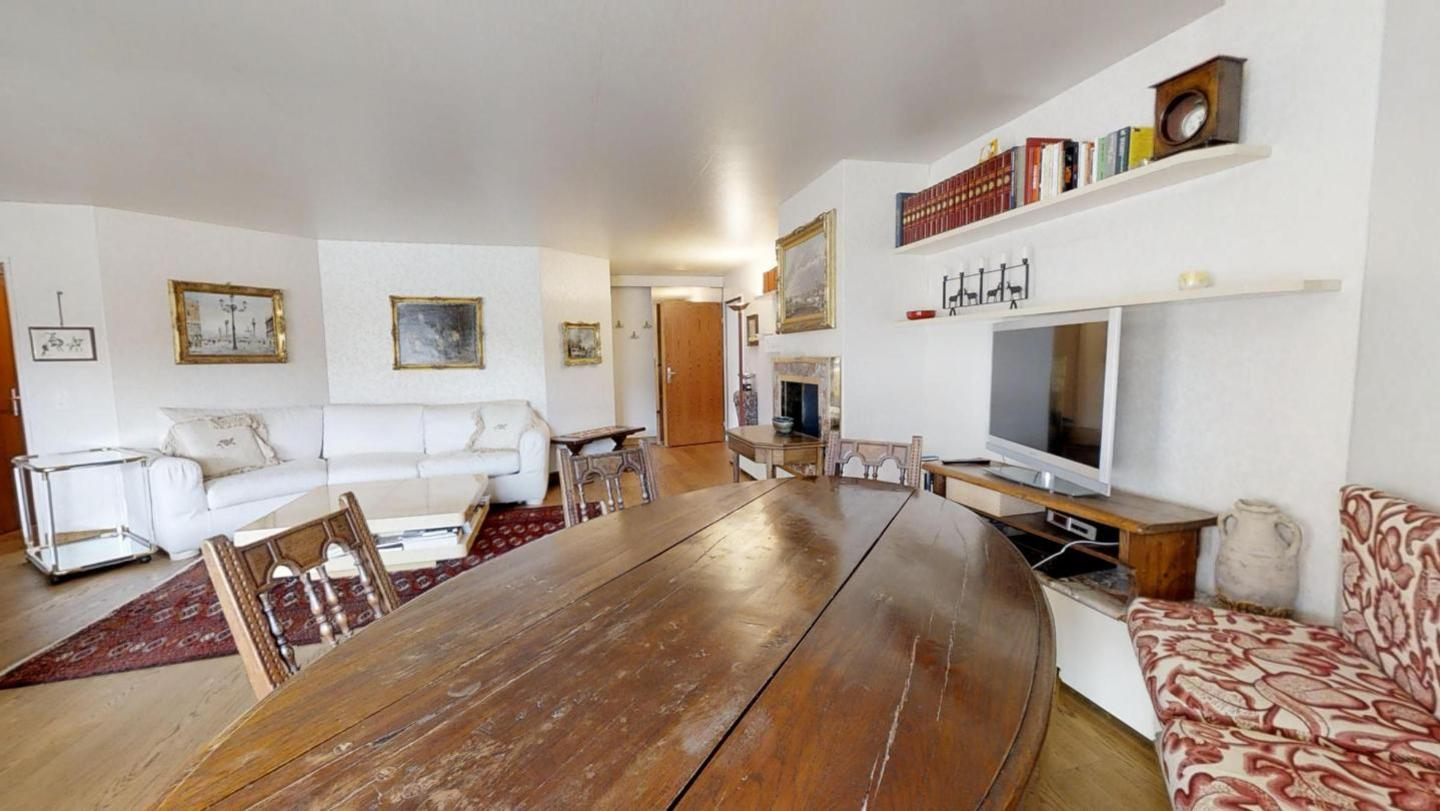 Lovely apartment in the center of St. Moritz.