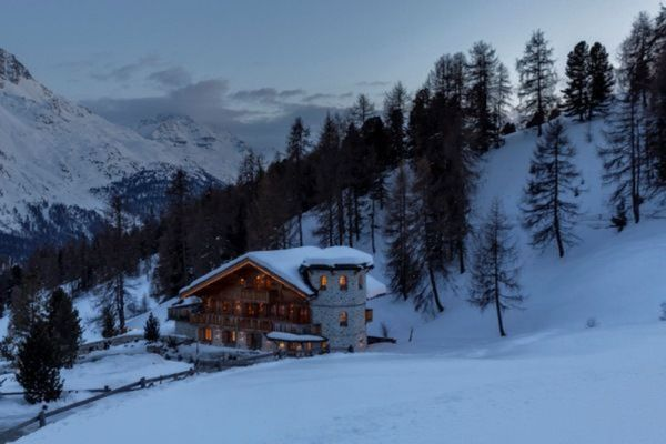 Thumbnlg chalet for rent in st. moritz 1