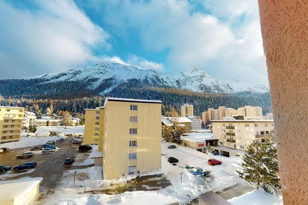 Thumbnlg apartment in st. moritz 2