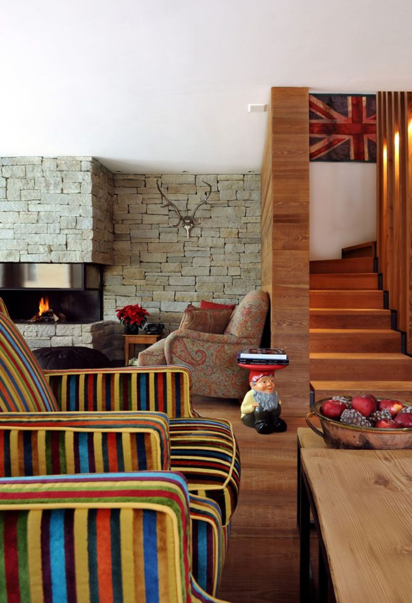 St Moritz Chalet 7 bedrooms luxuriously appointed